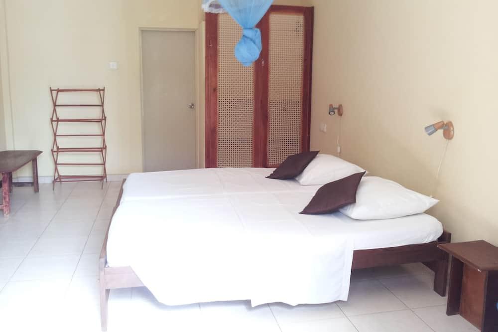 Classic Double Room, Lagoon View - Balcony