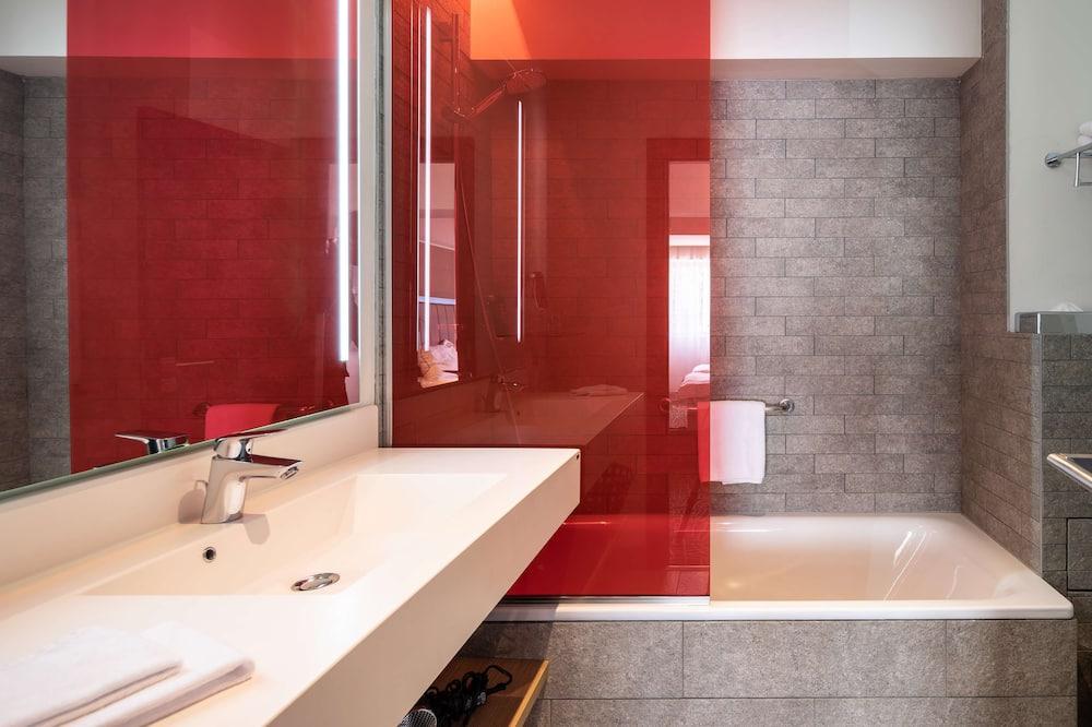 Апартаменти, 1 спальня, з балконом - Ванна кімната
