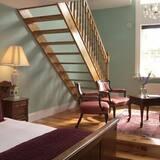 Suite, Ensuite - Guest Room