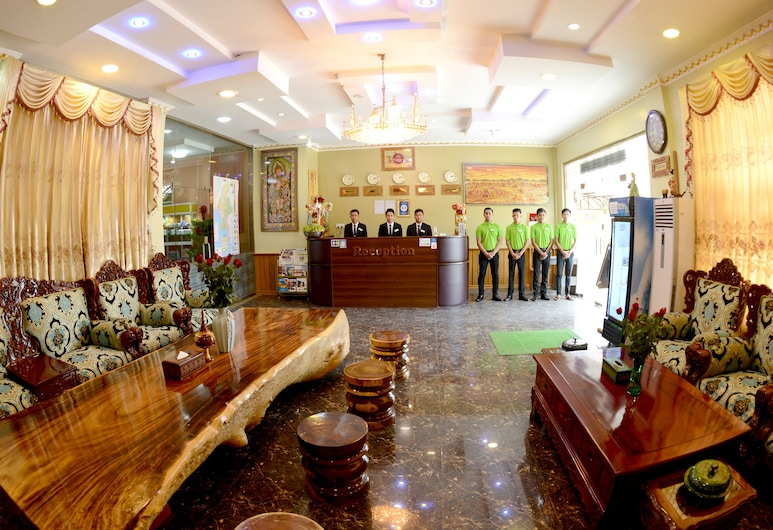 Royal Naungyoe Hotel, Mandalay, Hall