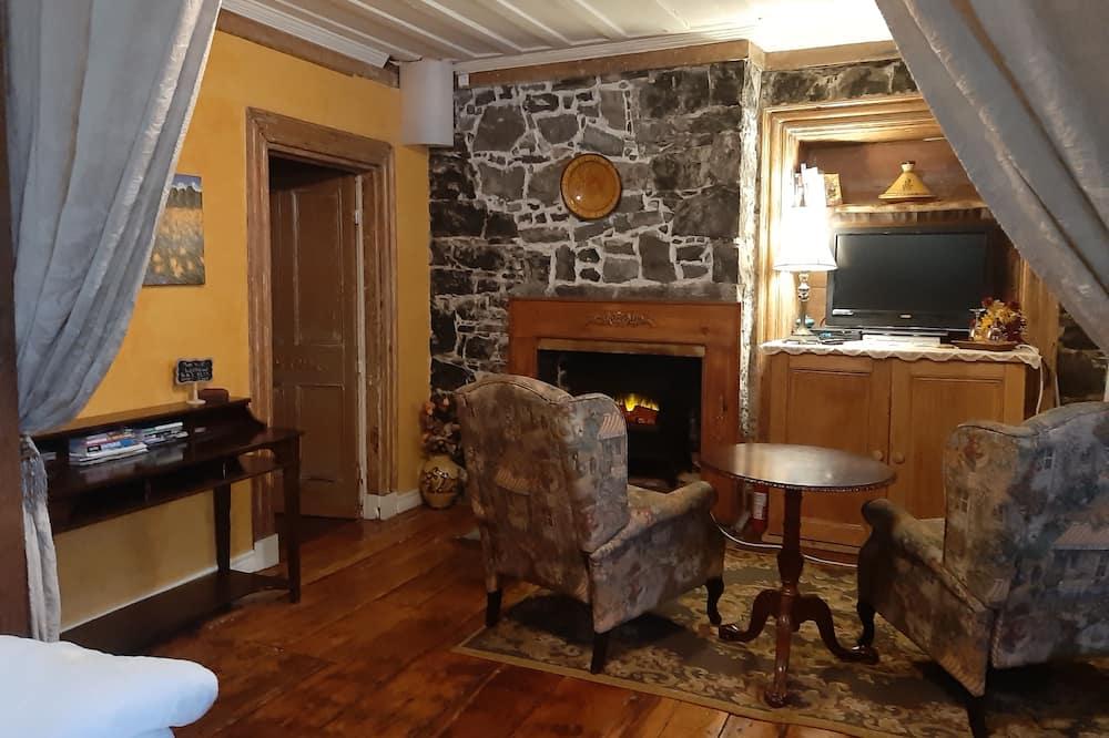 Kamar Double Comfort, 1 Tempat Tidur Queen, kamar mandi pribadi, pemandangan kebun - Area Keluarga