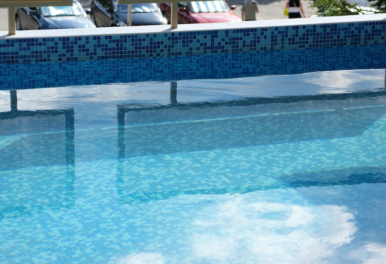 ATM Centre Hotel, Sofia, Outdoor Pool