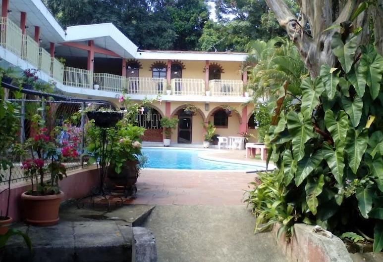 Hotel El Parador, Ahuachapan, บริเวณภายนอก