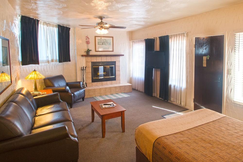 標準客房, 多張床, 壁爐 - 客廳
