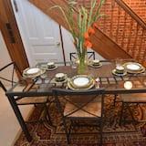 Apart Daire, 1 Yatak Odası, Teras - Odada Yemek Servisi