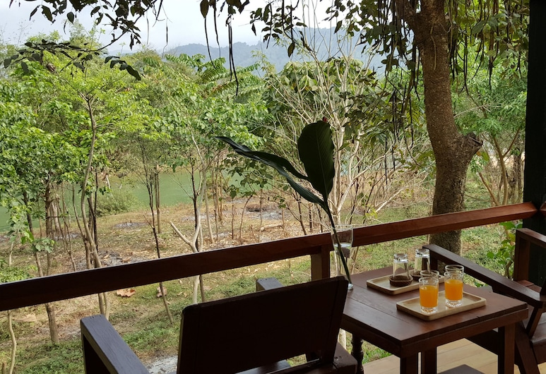 Vang Vieng Eco Lodge, Vang Vieng, Superior Bungalow Triple Bed, Guest Room
