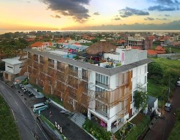 Hình ảnh Koa D'Surfer Hotel tại Canggu