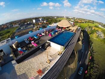 Picture of Koa D'Surfer Hotel in Canggu