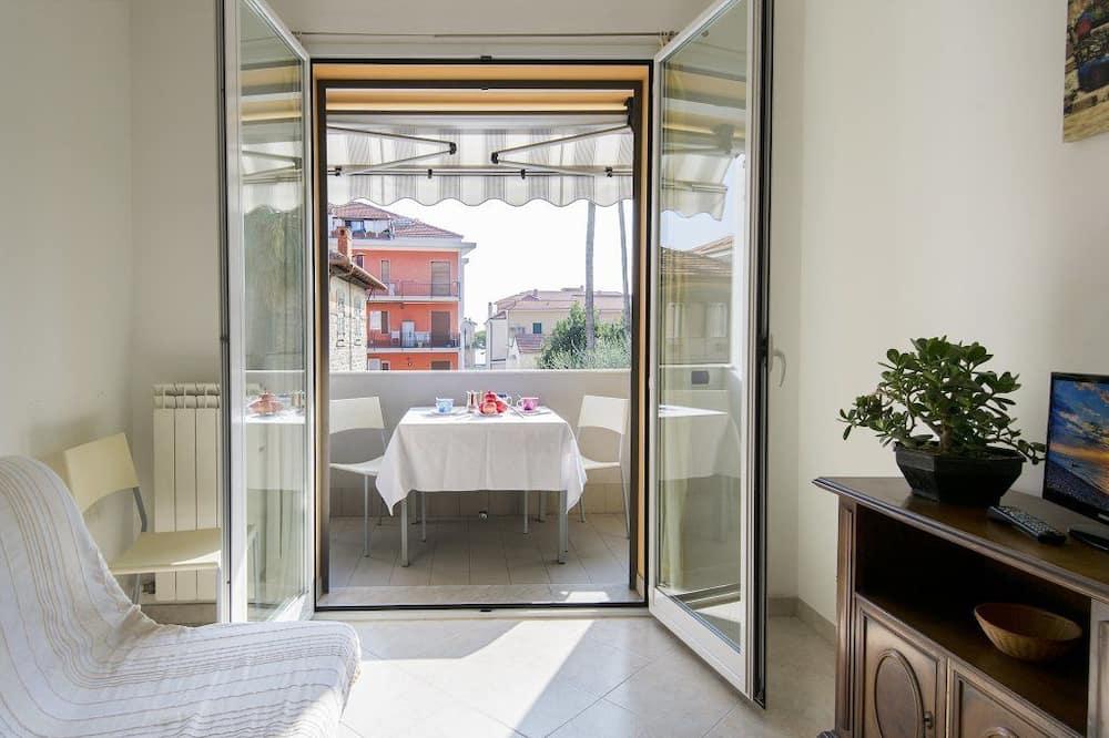 Apartment, 1 Bedroom (4 pax) - Living Area