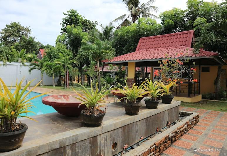 Villa Manuel Tourist Inn, Puerto Princesa, Außenpool