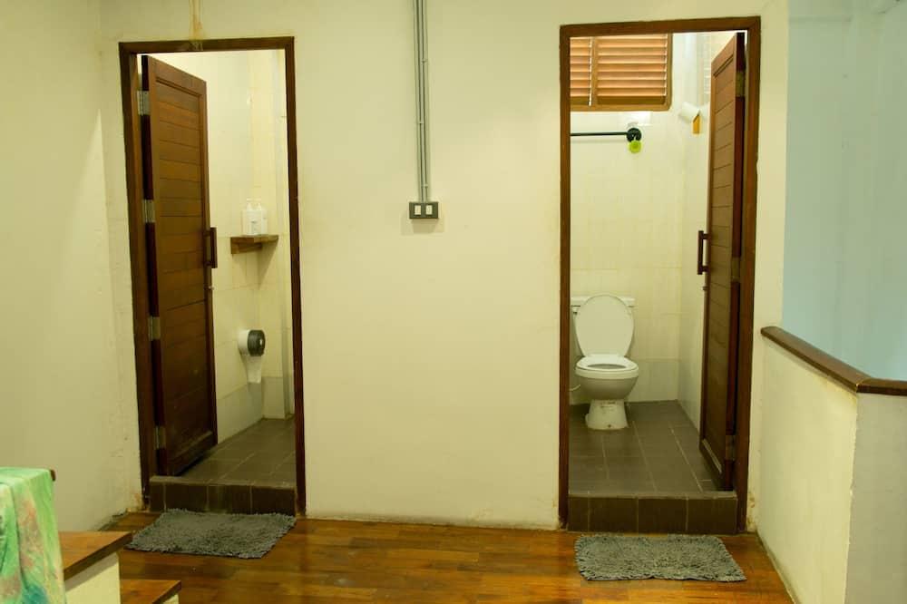 Dormitory A (12 Beds ) - Badeværelse