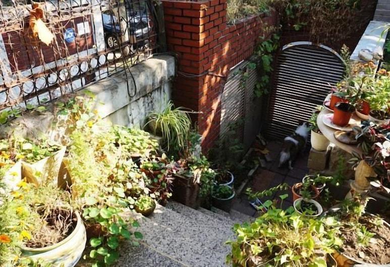Hongdae Olive Guesthouse, Seoul, Garden