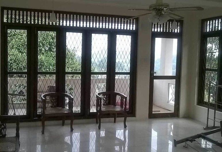 Sunny Hill Residence, Kandy, Kandy, Гостиная в вестибюле