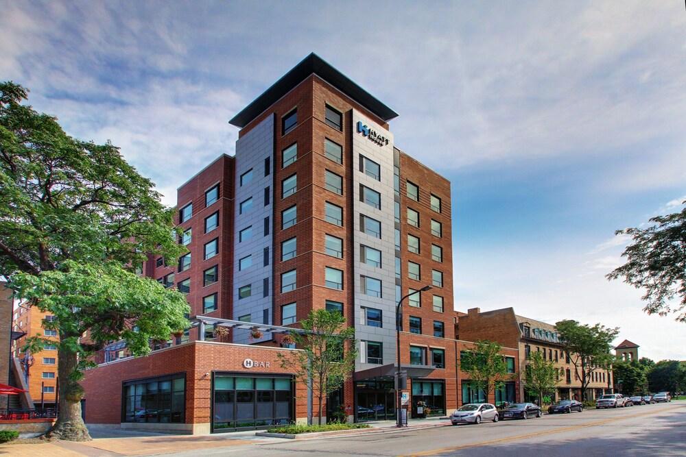 Hotels Near Evanston Il