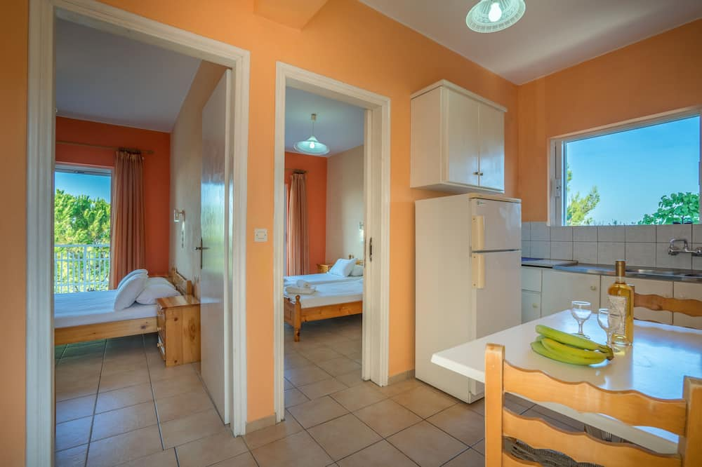 Apartment, 2 Bedrooms, Sea View - Room