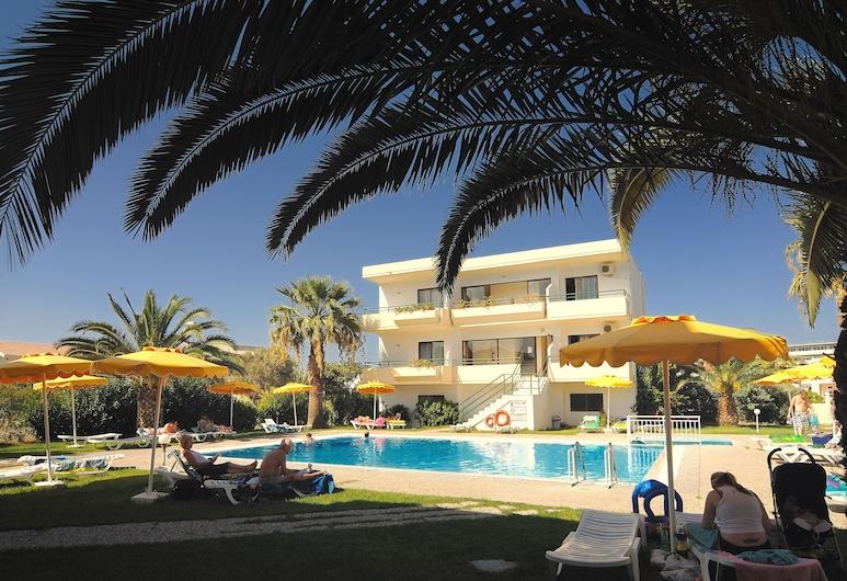Anita Apart-Hotel, Rodas, Alberca al aire libre