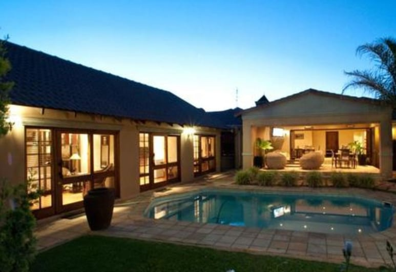 Rise and Shine Lodge , Bloemfontein, Outdoor Pool