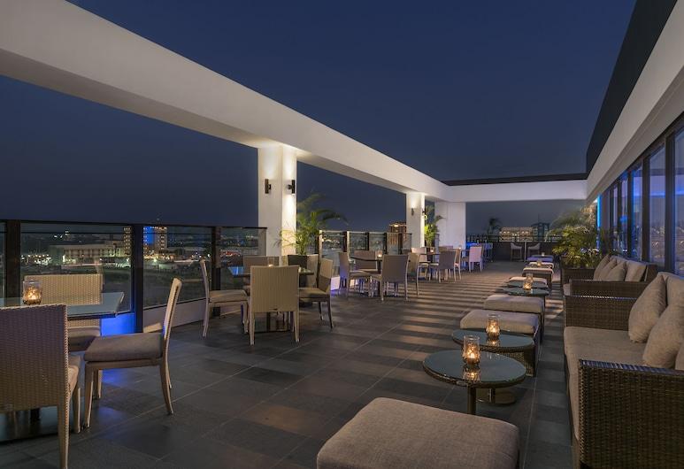 Seda Atria, Iloilo, Bar do Hotel