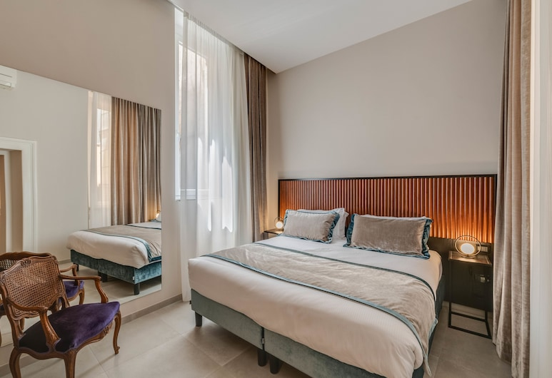 Navona Theatre Hotel, Rome, Standard Double Room, Annex Building (150 mt from reception), Guest Room