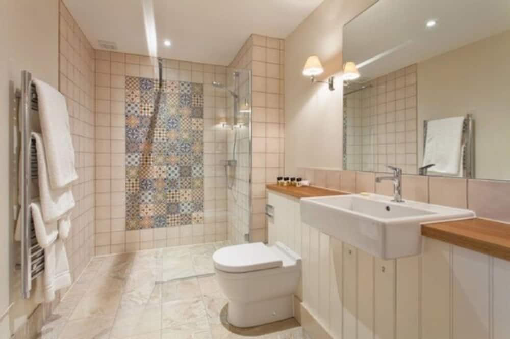 Dobbeltværelse - 1 kingsize-seng - Badeværelse