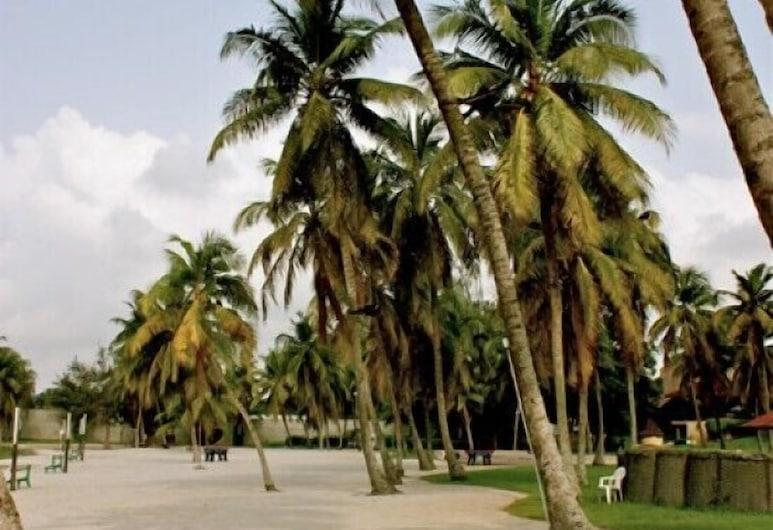 Heden Golf Hotel, Abidjan, Property Grounds