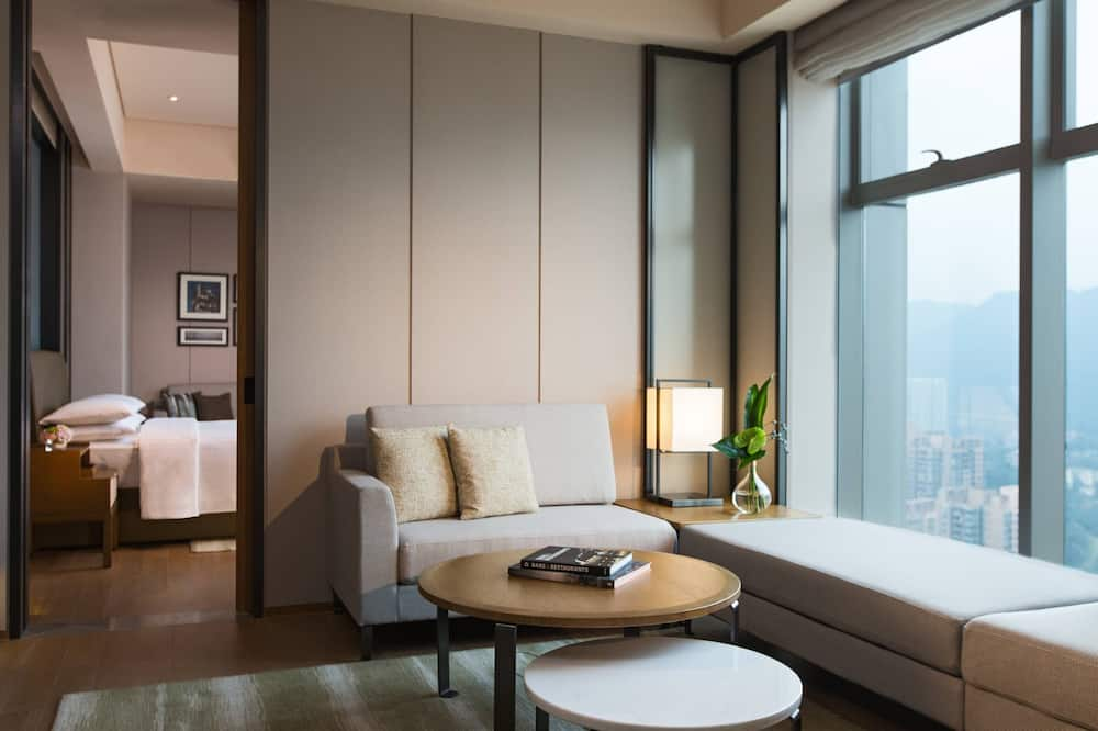 Executive Suite, 1 Bedroom, Non Smoking, Executive Level - Guest Room