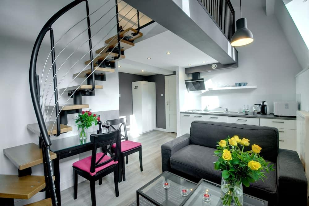 Split level apartment - Living Room