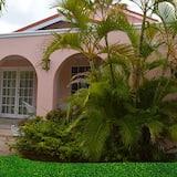Beachcross Villa Apartments