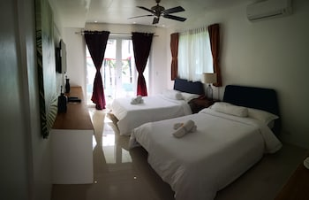 Picture of Calypso Beach & Dive Resort in Boracay Island