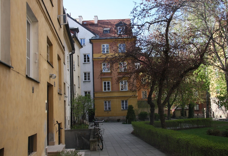 Barbakan Apartament Old Town, Varsovie, Cour
