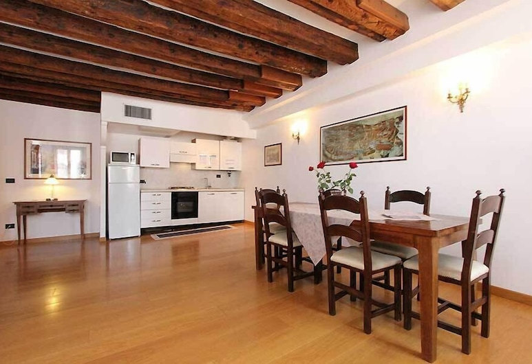 City Apartments - Residence Palazzo Moro, Venice, Apartment, 2 Bedrooms, Living Room