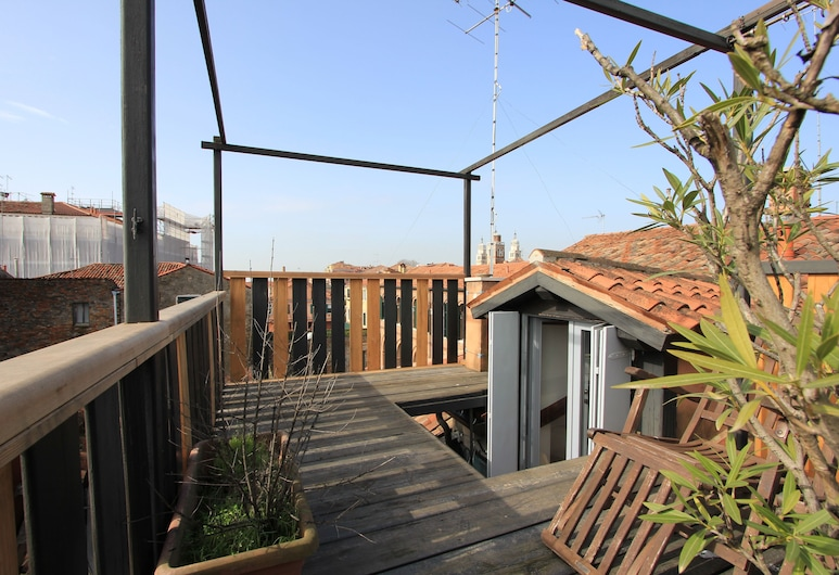 City Apartments - Residence Pozzo Terrace, Venice, Apartment, 3 Bedrooms (Apt. Zattere Terrace - Dorsoduro 1506), Terrace/Patio