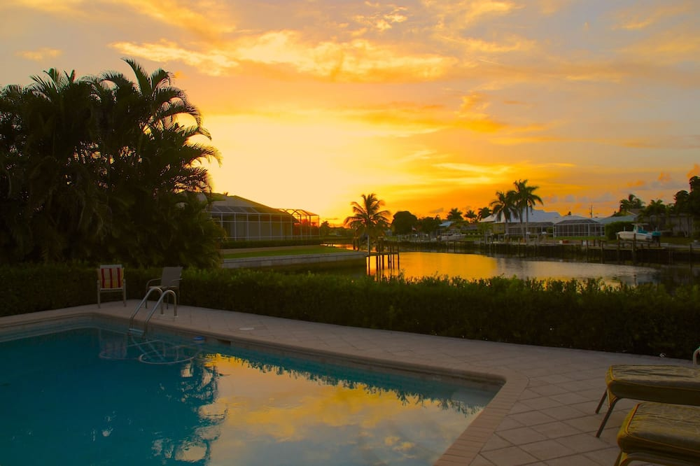 Deluxe House, Multiple Beds, Private Pool, Canal View - View from room