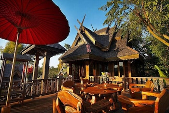 Picture of Pai Treehouse Resort in Pai