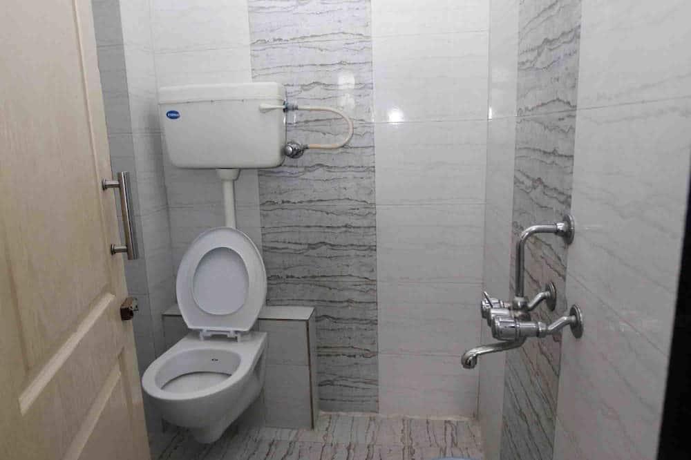 Deluxe-Zimmer, 1 Schlafzimmer, Stadtblick, Executive-Etage - Badezimmer