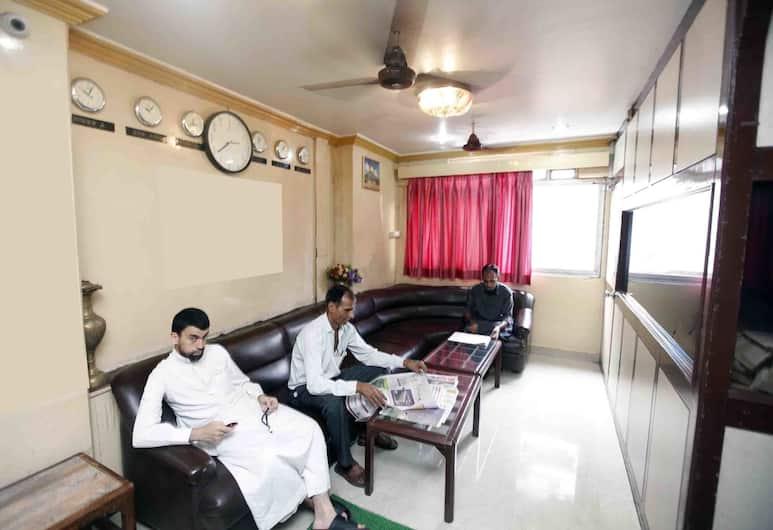 호텔 알 마디나, 뭄바이