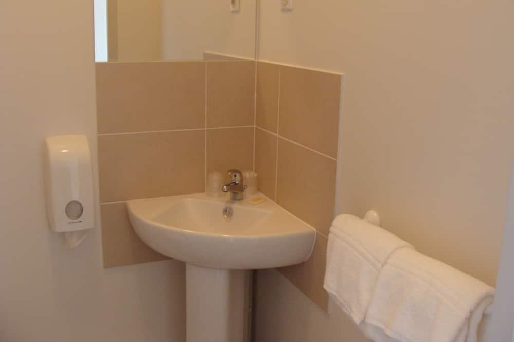 Single Room - Sink Bilik Mandi