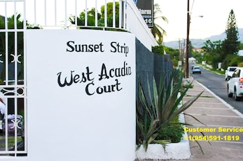 Nuotrauka: Sunset Strip Acadia Guest Apartment, Kingstonas