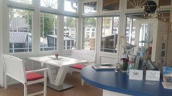 Imagen de Familien- & Aparthotel Strandhof en Butjadingen