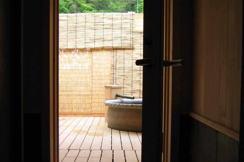 Tradicinio tipo kambarys, vaizdas į sodą (with Open air bath, 24sqm) - Vonios kambarys