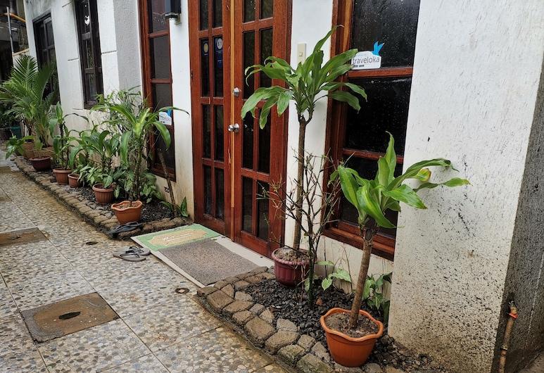 Raje Residence, El Nido, Ingang van hotel