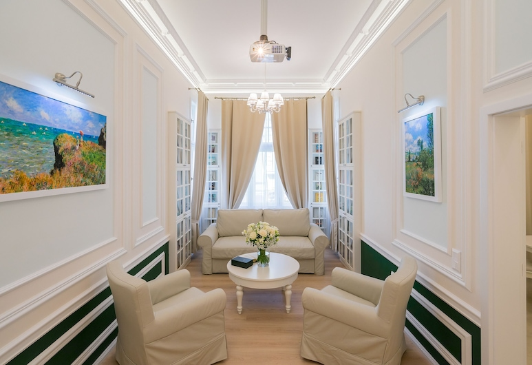 Revelton Suites Karlovy Vary, Karlovy Vary, Suite (Mint with 1 Bedroom and Kitchen), Living Room