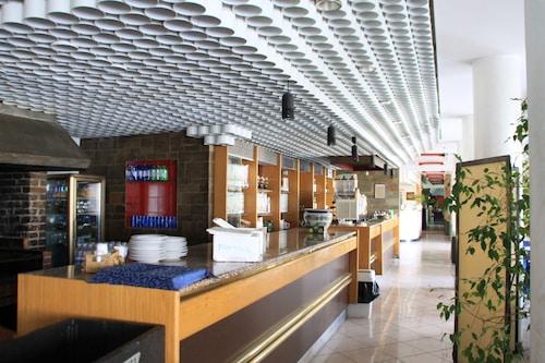 西雷諾酒店/