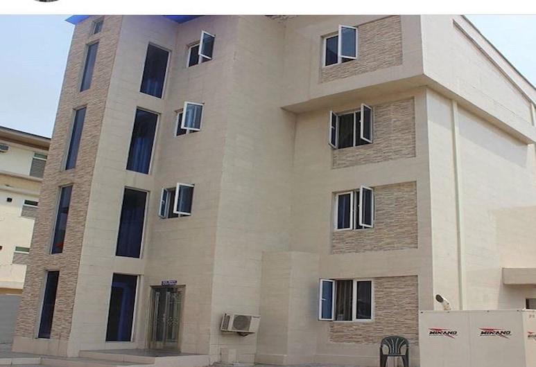 瑪格恩典公寓飯店, 拉各斯, 飯店正面