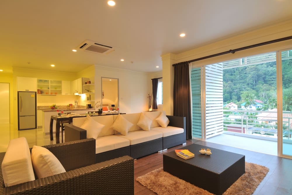 3-bedroom apartment  - Living Room