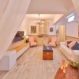 Suite, 1 Bedroom, Jetted Tub, Garden Area - Guest Room