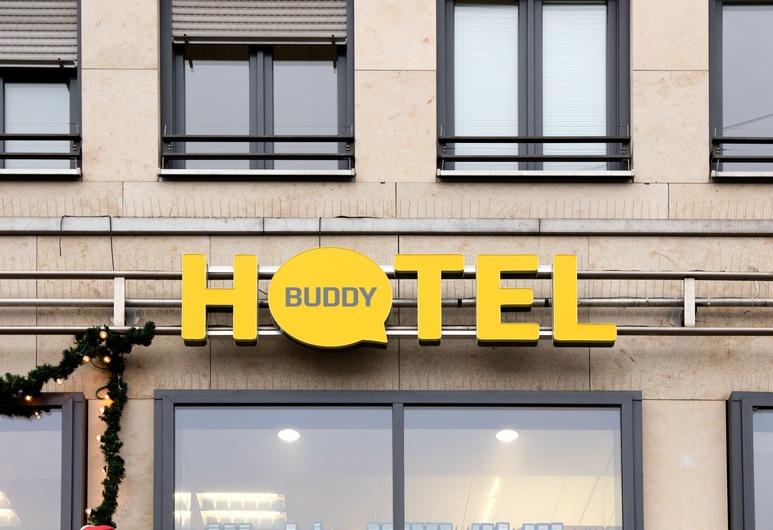 バディ ホテル, ミュンヘン, ホテルのフロント