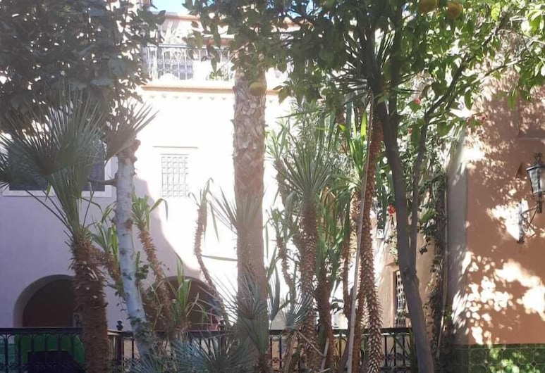 Azoul, Ouarzazate, Terasa/trijem