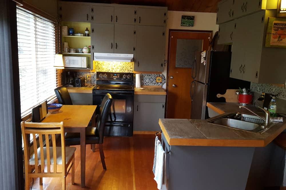 Casa de Campo Comfort, várias camas, Vista Rio - Refeições no Quarto