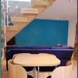 Standard Cottage, 2 Bedrooms - Living Area